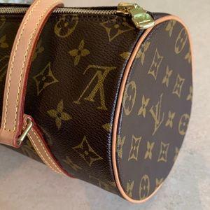 Louis Vuitton Papillon Monogram Canvas Barrel Bag.